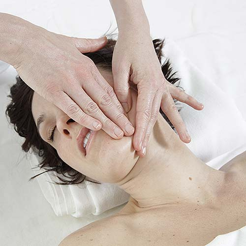 HoliFitness<sup>®</sup> facial massage
